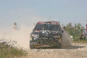 Domenech-Navarro (Mitsubishi Colt-PCR Sport) guanya el II tram de terra d'Albalate.