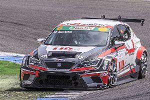 Al Circuit d'Estoril, Mikel Azcona frega el podi de la Seat León Eurocup.