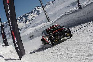 Xevi Pons estrena títol al podi del Grandvalira Circuit.