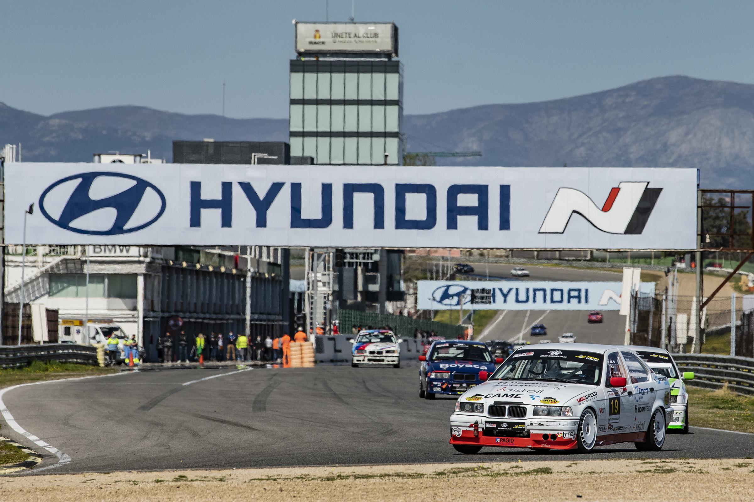 Joan Vinyes, amb Racing to Enjoy, a prop del triomf en el circuit del Jarama-RACE